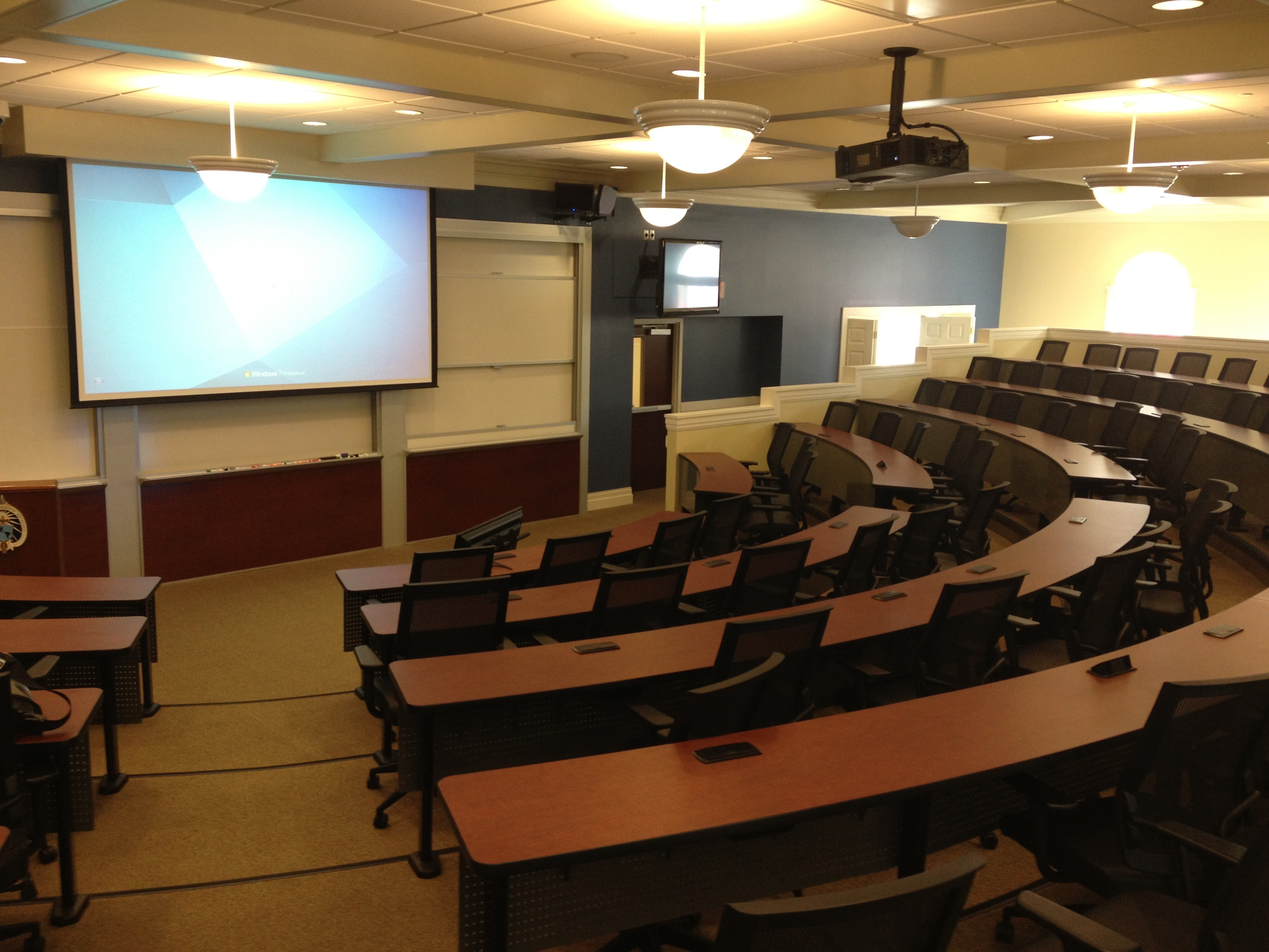 AAT Installed Medium Classroom Cam 2-Mic 6-Speakers 80